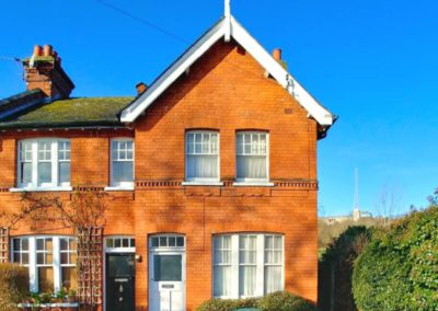 175 Nightingale Lane - Front picture