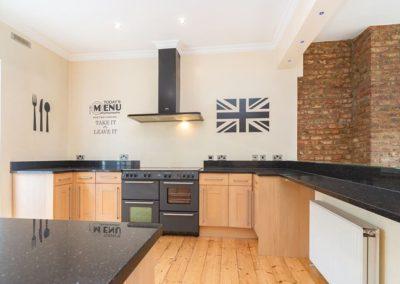 Kitchen in flat at 37 Bramley Road, W10 6SZ